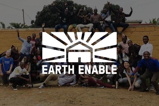 EarthEnable verlegt mit Asana jährlich 2000 saubere, nachhaltige Böden