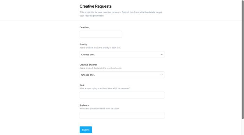 Captura de pantalla de un formulario de solicitudes creativas creado en Asana